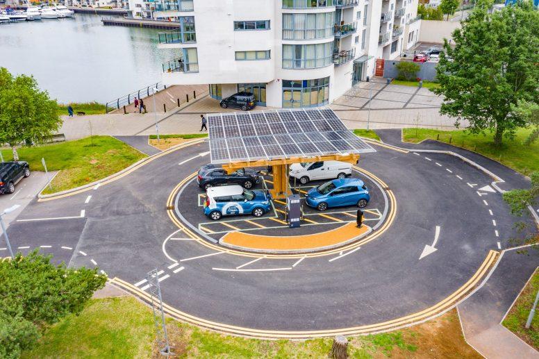 Birdseye view of Rapid EV Charging Hub